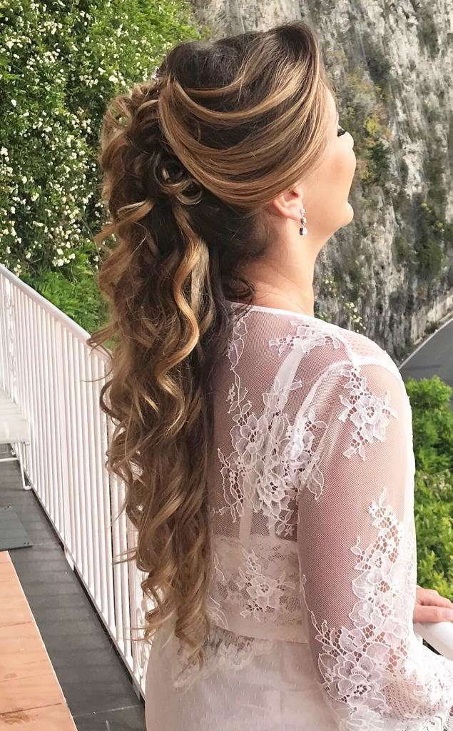 Tendenze acconciatura sposa 2020
