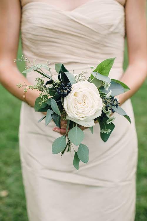 Bouquet di nozze:  quattro idee per la sposa 2020