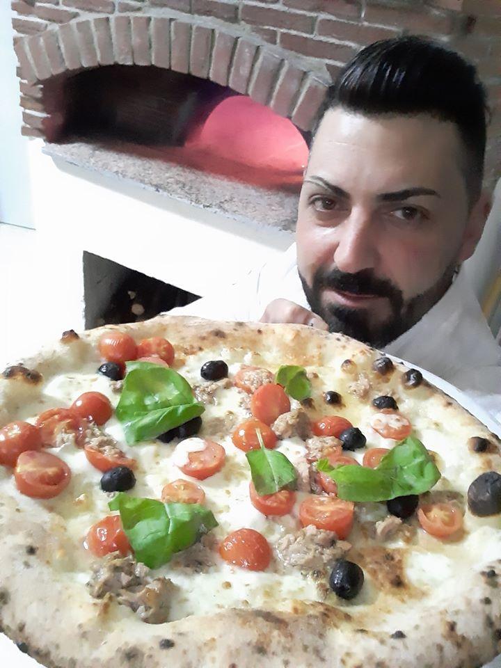 La storia di Andi Iannaccone, Il Tempio della Pizza, Il Tempio della Pizza Contrada, Contrada, servizio a domicilio pizzeria, emergenza coronavirus, fase 2 emergenza covid-19, sposi golosi, made in campania, pizza