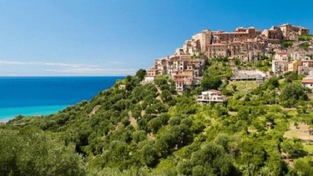Pisciotta: un borgo immerso tra mare, colline e le sue prelibatezze