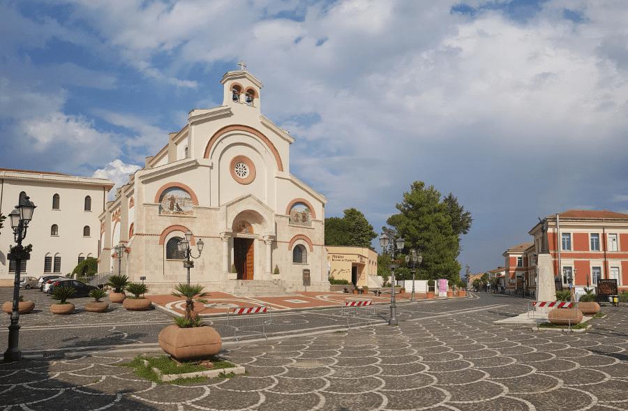 Pietrelcina: Tradizione, cultura e fede sulle orme di Padre Pio