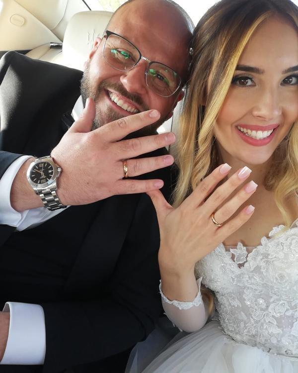 Il matrimonio nel bel mezzo della pandemia: il sì di Emmanuele e Debora